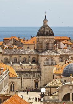 ღღ See the ancient, walled cities house forts, amphitheaters, and cathedrals in Croatia.