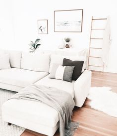 Living Room Design Ideas On Minimalist Homes That You Can Try Now 37 Home Living Room, Apartment Living, Living Room Designs, Living Room Decor, Living Spaces, Dining Room, Room Kitchen, Decoration Inspiration, Decoration Design
