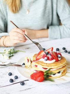Pancakes 3 Ways Jamie's Recipes, Bakery Recipes, Sweet Recipes, Cooking Recipes, I Love Food, Cute Food, Good Food, Yummy Food, Healthy Food