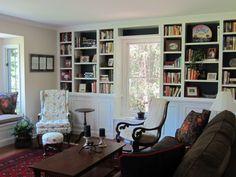Family Room Built-In Book Shelves