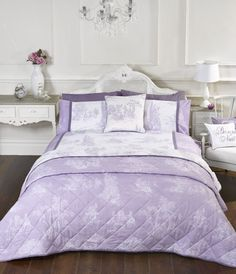 Rapport Lilac Camargue French Toile Design Duvet Set S/D/K Wall Tapestry, Country Chic, French Country, Toile Design, Duvet Sets, E Bay, Cover Photos, Duvet Covers, Camargue