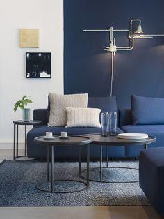 navy blue living room color scheme - Internal Home Design Beautiful Living Rooms, Living Room Modern, Living Room Interior, Living Room Designs, Small Living, Cozy Living, House Beautiful, Living Area, Navy Blue Living Room
