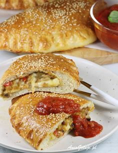 Calzone | AniaGotuje.pl Calzone, Ricotta, Bagel, Pancakes, Sandwiches, Pizza, Bread, Dinner, Cooking