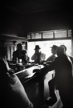 Men in New York tavern - 1950's - photographer Jay Maisel.