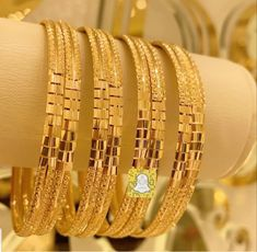 Gold Bangles, Gold Jewelry, Jewellery, Gold Fashion, Fashion Shoes, Gold Choker Necklace, Bangle Set, African Fashion Dresses, Printing On Fabric