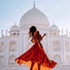 The Taj Mahal - India ❤❤❤ . Pic by ✨ & ✨ for a feature ❤ Girl Photography Poses, Indian Photography, Travel Pose, Girl Travel, Travel Vlog, Travel Style, Indian Photoshoot, Visit India, Foto Pose