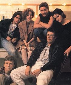 The Breakfast Club cast with John Hughes 1980s Films, 80s Movies, Iconic Movies, Series Movies, Great Movies, Movie Tv, The Breakfast Club, Breakfest Club, Judd Nelson