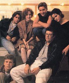 The Breakfast Club cast with John Hughes 80s Movies, Iconic Movies, Great Movies, Movie Tv, Dead Zone, Emilio Estevez, Bad Girl Aesthetic, Retro Aesthetic, Brat Pack