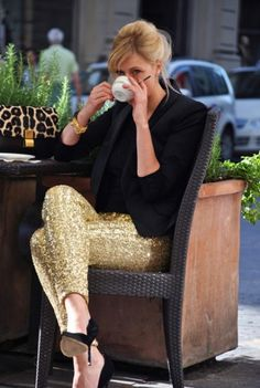 Black blazer, gold trousers and animal purse for afternoon coffee!