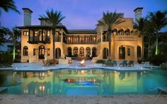 Luxury Lifestyle: The Best Holiday Home in Miami – Villa Contenta Luxus Lifestyle: Das beste Ferienhaus in Miami – Villa Contenta – Beach Mansion, Beach House, Villas, Mega Mansions, Luxury Mansions, Hotels, Mediterranean Homes, Tuscan Homes, Miami Beach