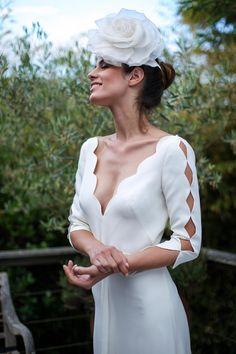 Marie Laporte - Créatrice – Robes de mariées – Paris Fancy Wedding Dresses, White Bridal Dresses, Chic Wedding, Wedding Styles, Bridal Gowns, Wedding Gowns, Marie Laporte, Winter Bride, Wedding Dressses