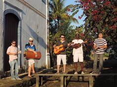 APRESENTAÇÕES MUSICAIS NA Folia Gastronômica de Paraty Dia 15 de novembro 13h30 Debaixo do jambeiro da Praça da Matriz   Samba que eu gosto O GRUPO SAMBA QUE EU GOSTO é a opção do momento no sul do estado do Rio de Janeiro para aqueles que apreciam o verdadeiro samba de raíz.   #FoliaGastronomicaParaty #mandioca #gastronomia #evento #folia #cultura #turismo #culinária #Paraty #PousadaDoCareca #SambaQueEuGosto