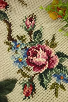 Beautiful Vintage Chic  Handmade Petit Point Needlepoint Canvas #3