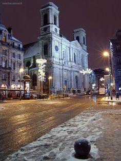 Église de la Madeleine en hiver