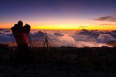 來去山上看雲海 Clouds below by samyaoo 山姆搖, via Flickr