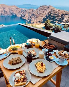Breakfast with a view at Andronis Concept Wellness Resort Santorini Greece Top 10 Hotels, Hotels And Resorts, Best Hotels, Amazing Hotels, Luxury Hotels, Hotel Breakfast, Best Breakfast, Italian Breakfast, Morning Breakfast