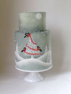 This is my Winter Christmas cake for the December issue of Cake Central Magazine… - Cake Decorating Square Ideen Cake Central, Christmas Cake Decorations, Holiday Cakes, Christmas Cakes, Xmas Cakes, Fondant Christmas Cake, Themed Wedding Cakes, Themed Cakes, Decorated Cookies