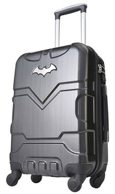 This Batman themed PC Trolley Case is part of Bags Only Superhero Luggage month. The hard trolley has a mirror finish with 4 rotating wheels, internal divider, no.10 zippers, rubber buffers, fixed international TSA lock & 7 year warranty.