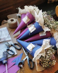 Flowers shop cafe plants 63 Ideas for 2019 Dried Flowers, Fresh Flowers, Paper Flowers, Beautiful Flowers, Bouquet Wrap, Hand Bouquet, Flower Bouquets, Deco Floral, Arte Floral