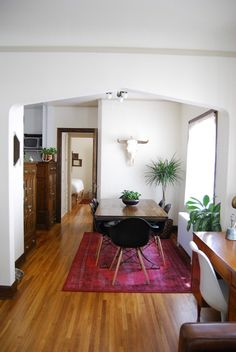 Julie's Northwoods-Meets-Art Deco Apartment in Minneapolis — House Tour (Apartment Therapy Main) Minneapolis Apartment, Black White Bedrooms, White Walls, New Orleans Homes, Tiny Apartments, My New Room, Small Spaces, Open Spaces, Apartment Therapy
