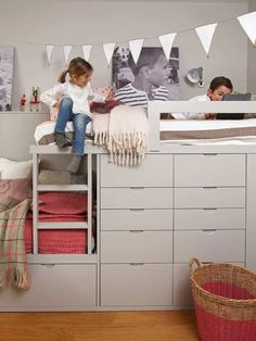 shared bedroom for boy and girl