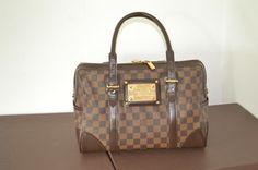 Louis Vuitton 100% Damier Berkeley Comes With Dustbag Shoulder Bag $980