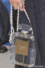 Mis Queridas Fashionistas: Object of desire: Chanel Nº5 Bottle Bag