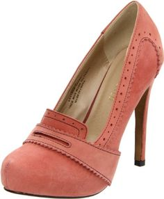 Good heels to wear to work. Wear them with black skinny jeans and a pink blouse with a tan cover up. Makes a perf. outfit!