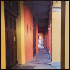 Bologna, Via dei Bibiena, foto di Camilla Tosi, dal CONCORSO I PORTICI DI BOLOGNA