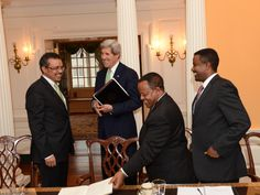 Dr. Tedros meets with US Secretary John Kerry together with Ambassador Taye, Director-General for the Americas, and Nebiat Getachew, Director for America.