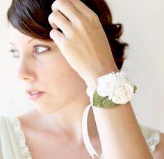 wrist corsage - i can make it