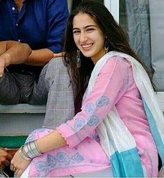 Bollywood Home - Watch Bollywood Movies Online HD Free Streaming Pakistani Dress Design, Pakistani Outfits, Indian Outfits, Indian Dresses, Bollywood Celebrities, Bollywood Fashion, Bollywood Actress, Bollywood Stars, Kalamkari Dresses