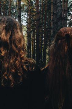 Autumn Aesthetic, Aesthetic Photo, Forest Girl, Katniss Everdeen, Mori Girl, Running Away, Bedroom Wall, Kylie, Woods