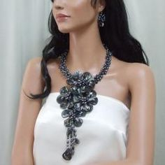 Black Shell/ Pearl Grand Floral Bouquet Jewelry Set (3-7 mm) (Thailand)