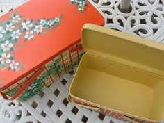 Started collecting vintage picnic tins for storage.