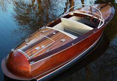 Wood Power Boats For Sale Discount! Boats For Sale Sale. Wooden Boats For Sale, Wooden Speed Boats, Yacht Design, Course Vintage, Riva Boat, Power Boats For Sale, Runabout Boat, Classic Wooden Boats, Classic Boat