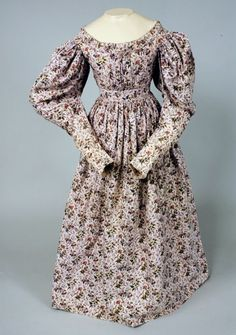 FLORAL PRINTED PINK COTTON DRESS, 1830s -Lot 370 $3,105