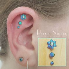 Triple Scapha/Flat piercing 💙 - Blue Opal gems 💎 came in and . - Triple Scapha/Flat piercing 💙 – Blue Opal gems 💎 came in and … – Kawaii Ac - Daith Earrings, Tiny Stud Earrings, Art Deco Earrings, Flat Piercing, Spider Bite Piercing, Cool Ear Piercings, Ear Piercings Tragus, Tongue Piercings, Peircings