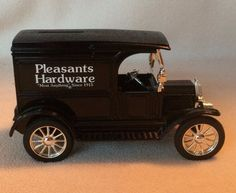 Pleasants Hardware 1917 Ford Model T Die Cast Metal Coin Bank NOS ERTL 1/25 Key #ERTL #Ford