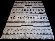 Large moroccan rug beni ourain (ouarain)