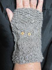 Ravelry: Great Horned Owl Wristlets pattern by Jan Larson