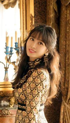 Twice ~ Momo Nayeon, K Pop, Kpop Girl Groups, Korean Girl Groups, Kpop Girls, Sana Momo, Kim Junmyeon, Hirai Momo, South Korean Girls