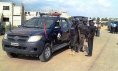 Terrorisme: une fille de 13 ans arrêtée au Nigeria avec une ceinture d'explosifs - 12/12/2014 - http://www.camerpost.com/terrorisme-une-fille-de-13-ans-arretee-au-nigeria-avec-une-ceinture-dexplosifs-12122014/?utm_source=PN&utm_medium=CAMER+POST&utm_campaign=SNAP%2Bfrom%2BCamer+Post