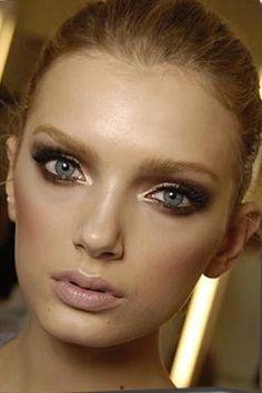 Sexy eye makeup. Smoky!