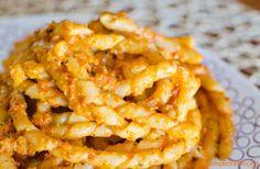 Fusilli+al+pesto+di+pomodori+secchi+e+mandorle