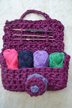 Cute #crochet hook and yarn purse