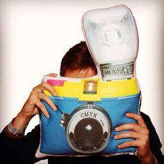 """LOMOGRAF YASTIK"" KARGO DAHİL 34,90 TL www.hediyemucidi.com #fotograf #makinesi #lomography #yastik  0534210 7588"