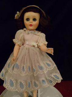 "Vintage 14"" American Character Sweet Sue Sophisticate/Toni Flex Foot"