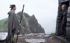 """Walt Disney Studios Motion Pictures has released the full trailer for """"Star Wars: The Last Jedi"""", directed by Rian Johnson, starring Daisy Ridley, Mark Hamill and Adam Driver. Mark Hamill, Star Wars Film, Star Trek, Walt Disney Pictures, Obi Wan, Sith, The Last Jedi Trailer, Le Retour Du Jedi, Cinema Video"""