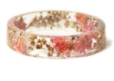 This Gorgeous Jewelry Is Made With Real Flowers And Leaves